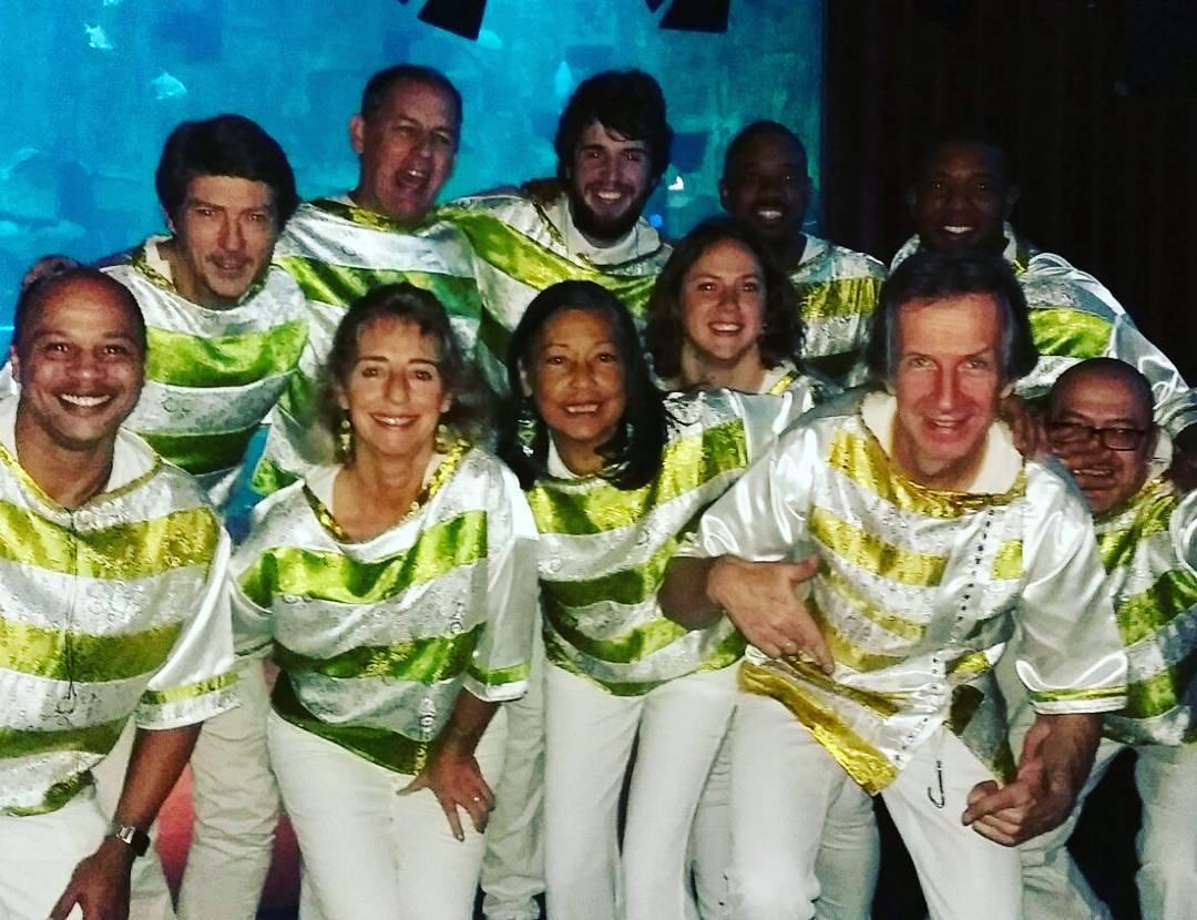 Ce soir brasis est  la soire latinafm avec annatorresofficielhellip